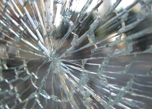 glass-89051_640