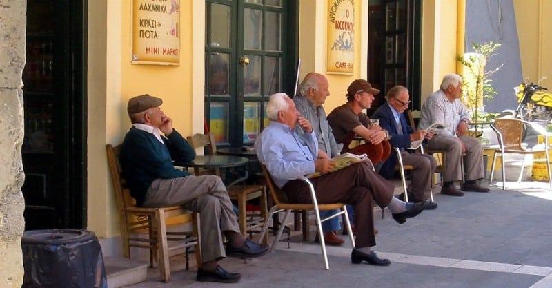 Men_Kafenion_Corfu(2)