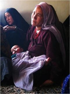 Woman attending a Quran class in Panjao, Hazarajat –2007 © Julie Billaud